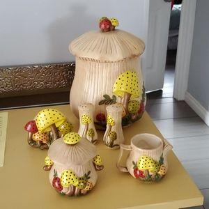 Vintage Inspired Mushroom Cookie Jar + 5 other